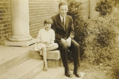 Mary_Elaine_Bird_and_her_father_1930