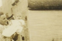 Mary_Elaine_Bird_in_Webster_with_her_Father