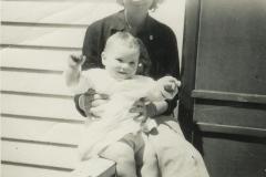Johnnie_and_Grandma_Evelyn